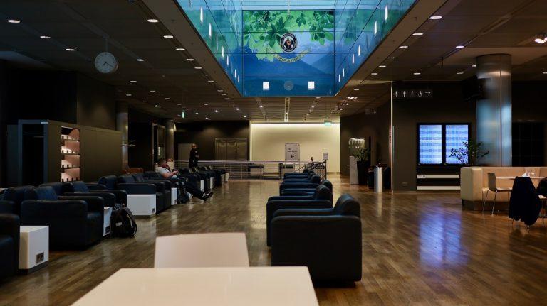 lufthansa business senator lounge muc münchen ftl sen star alliance corona covid-19
